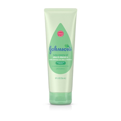 JOHNSON'S® creamy baby oil aloe vitamin e front
