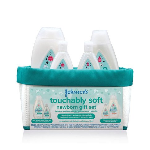 JOHNSON'S® touchably soft newborn gift set front
